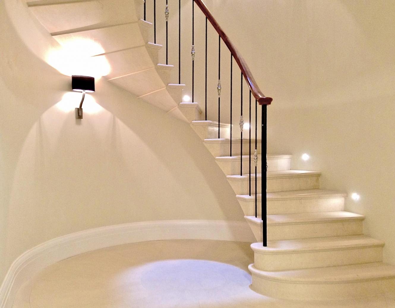 cantilevered stone staircase London