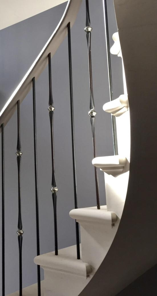 Cantilevered stone stairs